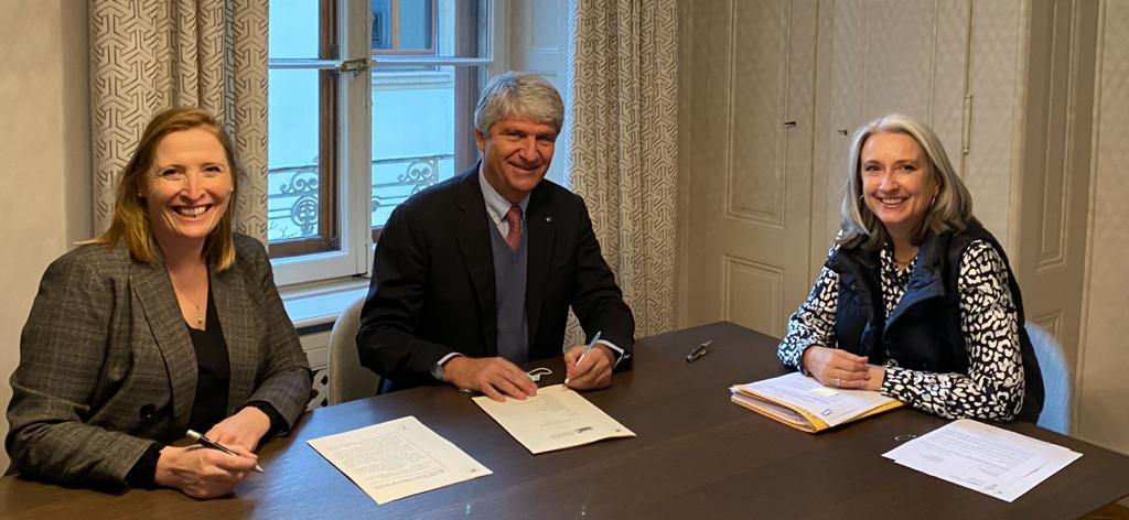 Signature constitution FIM Foundation.jpg
