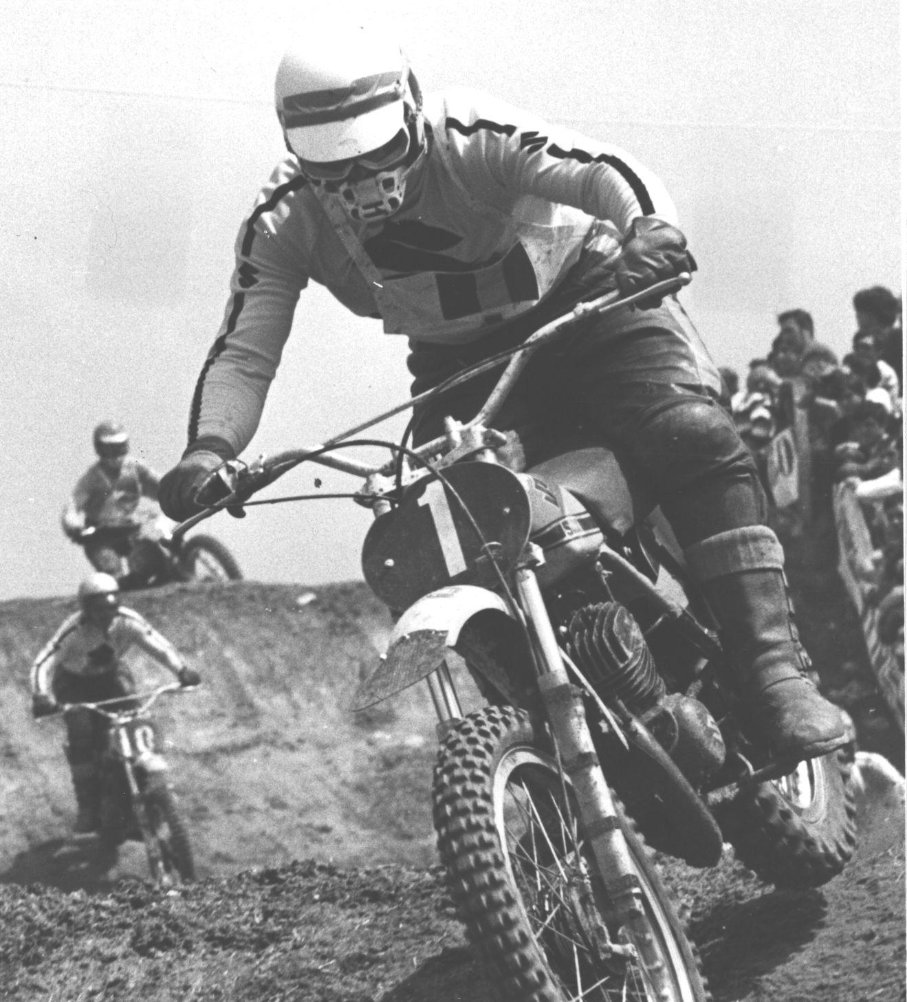 200013-1970-Motocross GP 250-Joël Robert (BEL)-Suzuki.jpg